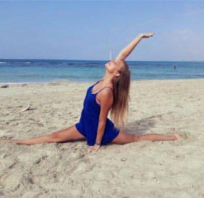 Middle Split Stretching - szpagat poprzeczny photo review